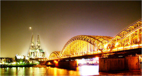 cologne at night by -thrawn-