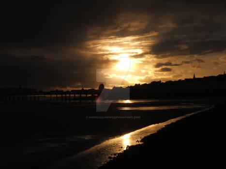 Sunset on Hastings Pier