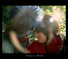 Fragile Bond by OirokenoJutsu