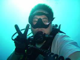 Me Underwater by GameraBaenre