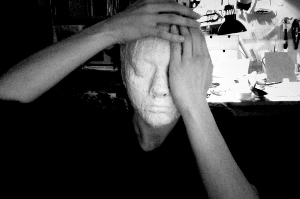 Faceless by TeresaFano