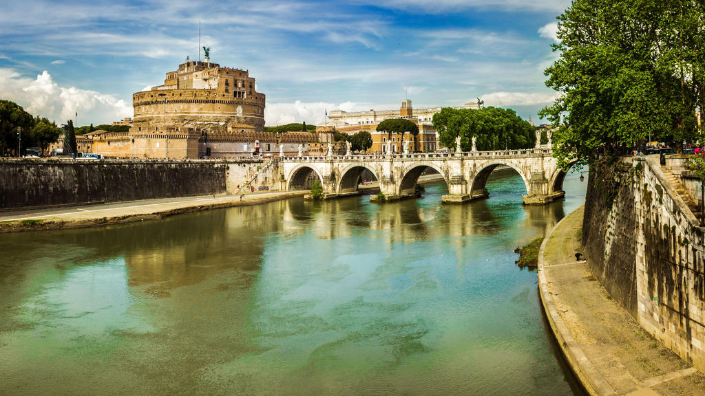 Ponte Sant'Angelo [crop] by Sh000rty