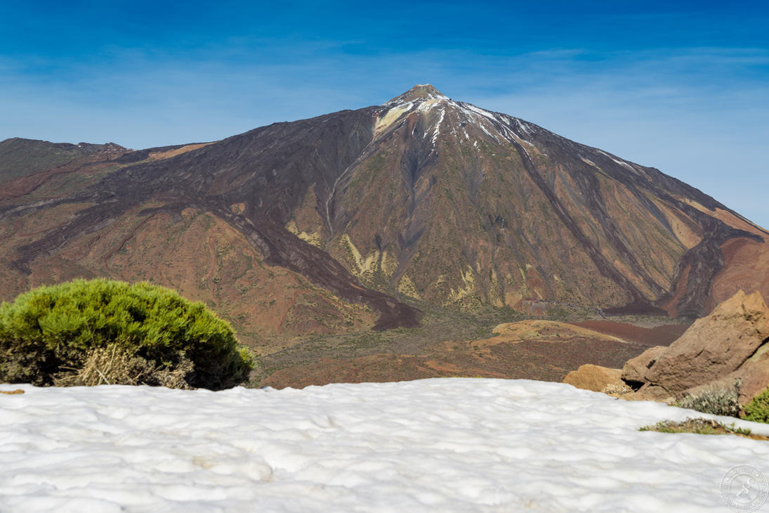The snowy side of Tenerife by BlackSunRising