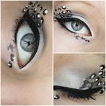 make up leo by ViivaVanity