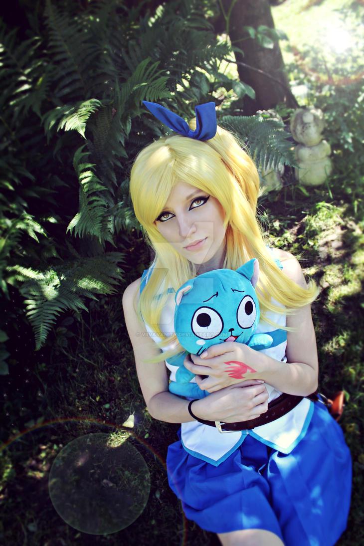 Lucy Heartfilia Cosplay by ViivaVanity