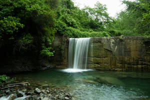 Waterfall in Liguria by Vitskog