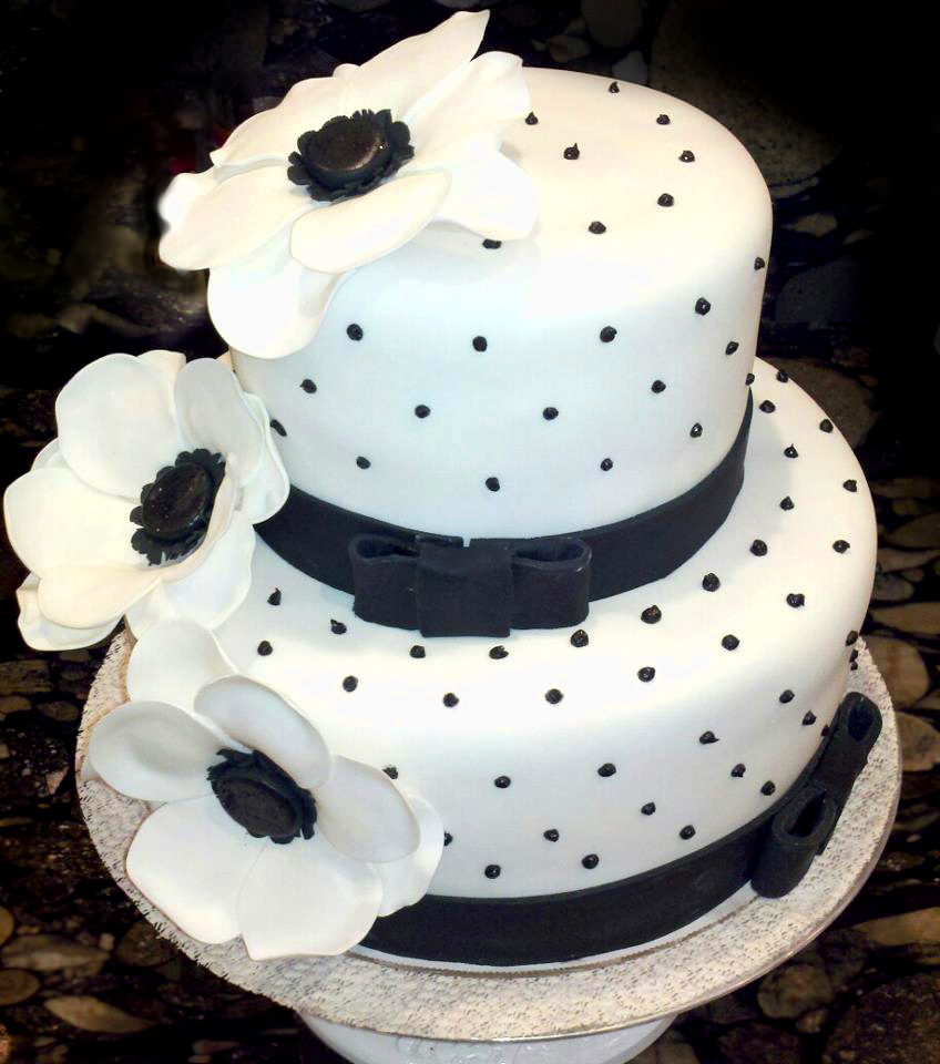 Audrey Ross Cake Artist : Audrey Hepburn Cake by aspy on DeviantArt