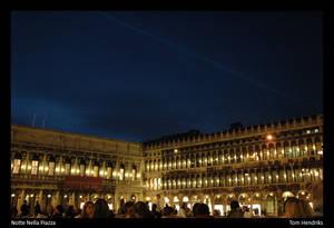 Notte Nella Piazza
