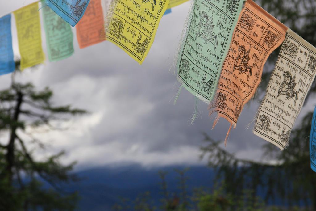 Tibetian prayer flags in Shangrila by moranc12
