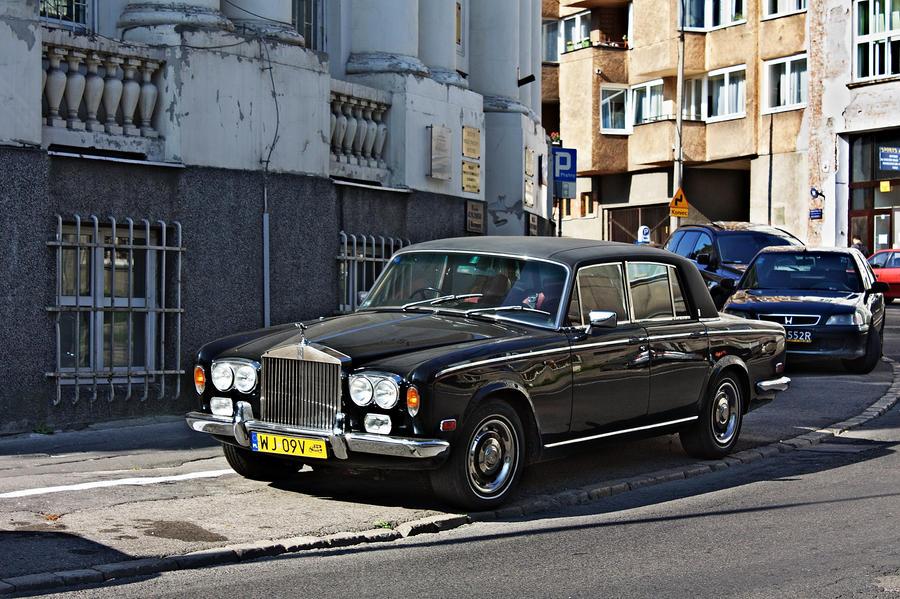 Rolls-Royce Silver Shadow II by bananananan