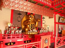 Maneki-neko Temple by RiverKpocc