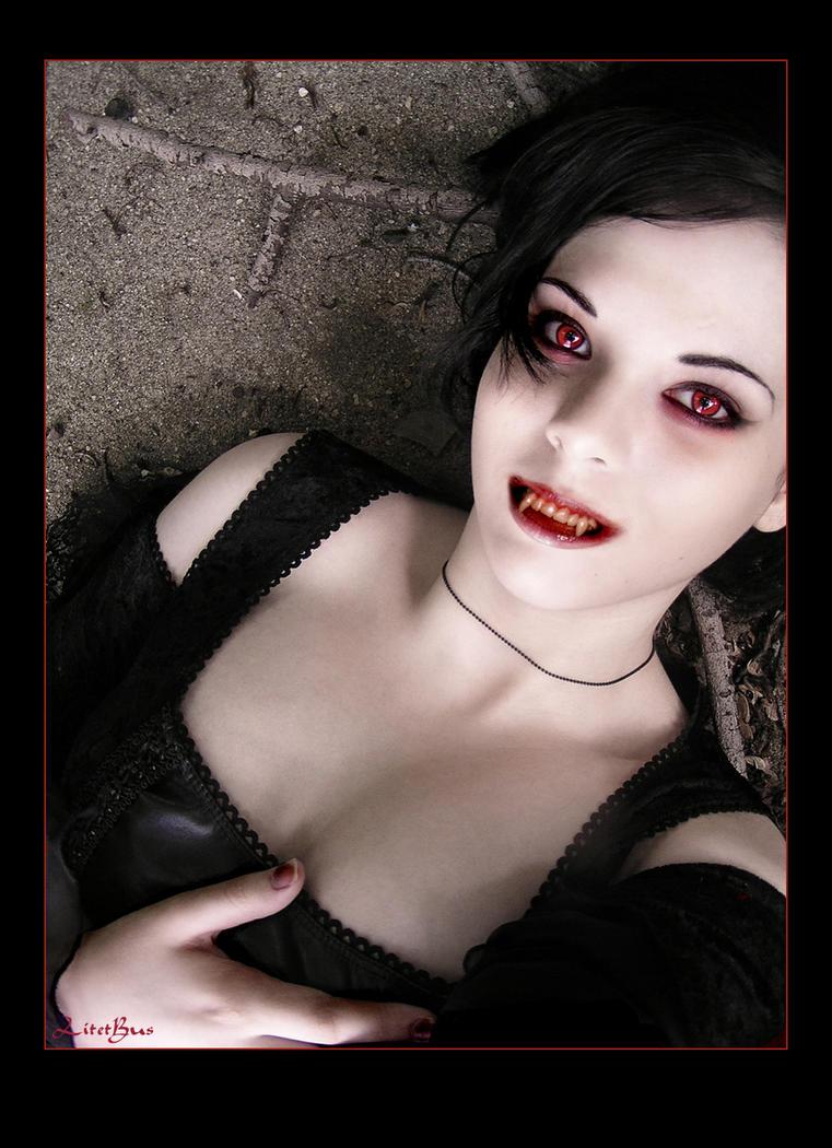 - Vampire - by litetbus