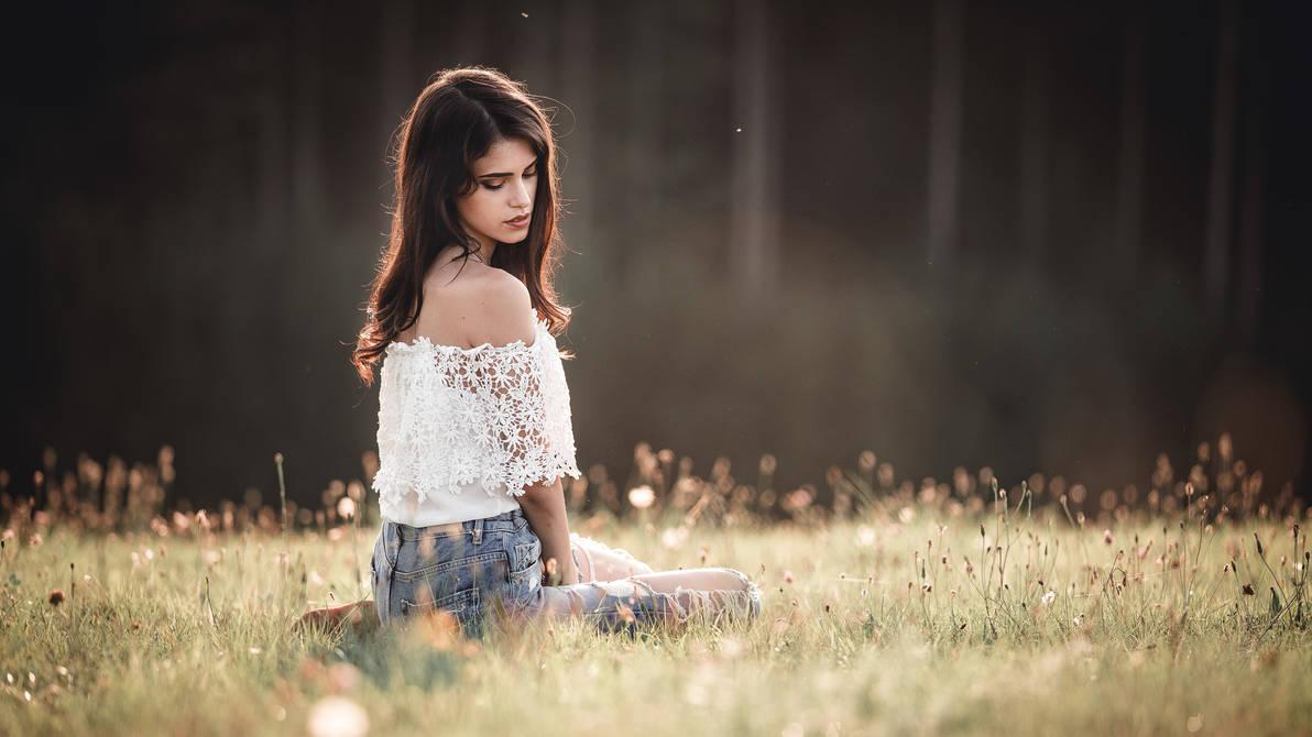 Autumn Girl VIII by XeroLp