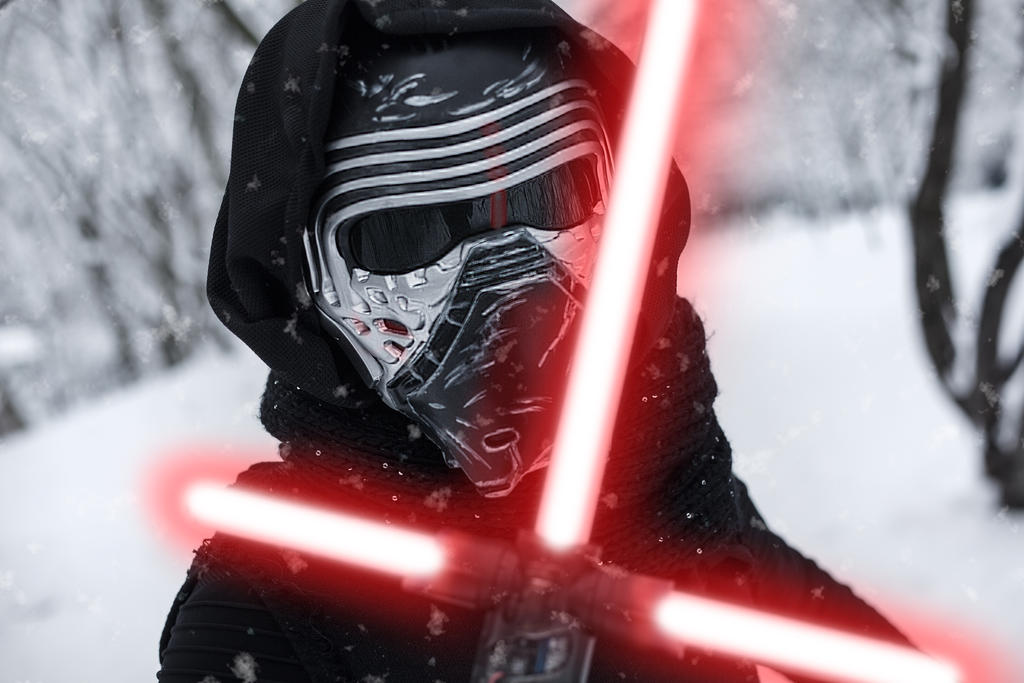 Kylo Ren Cosplay in the snow