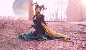 Queen of Elves beside the moon