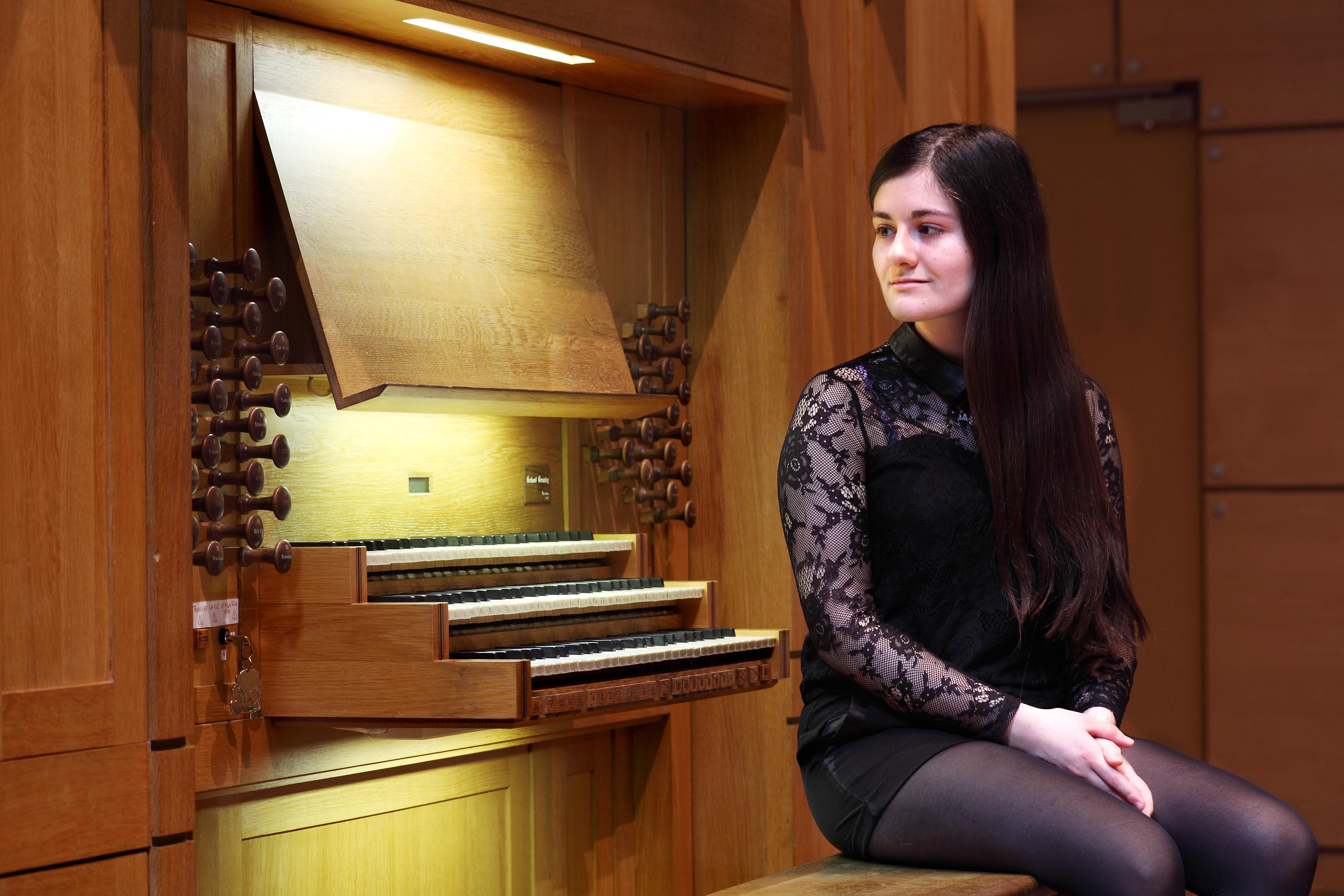 Esther Assuied 6 ( (c) Esther Assuied)