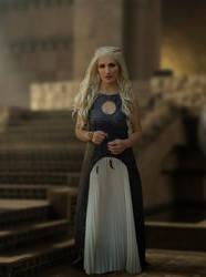 Daenerys Cosplay - Meereen - Throne Room