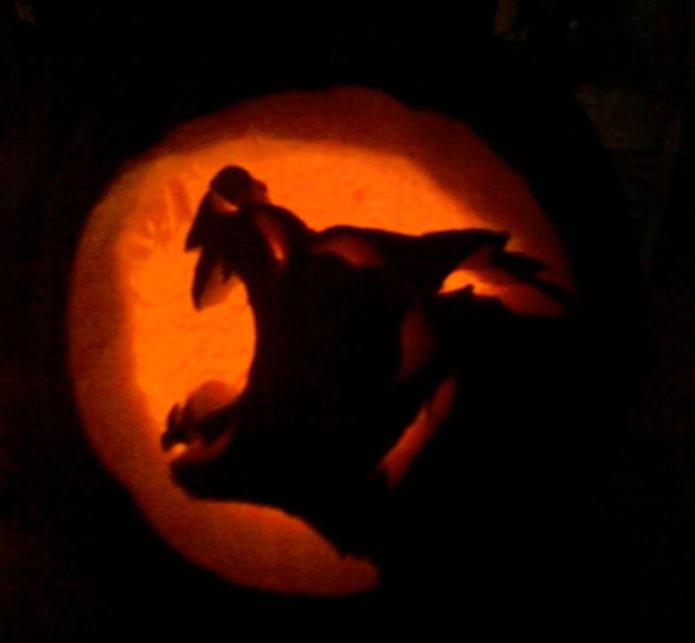 wolf pumpkin by kritzia-suki