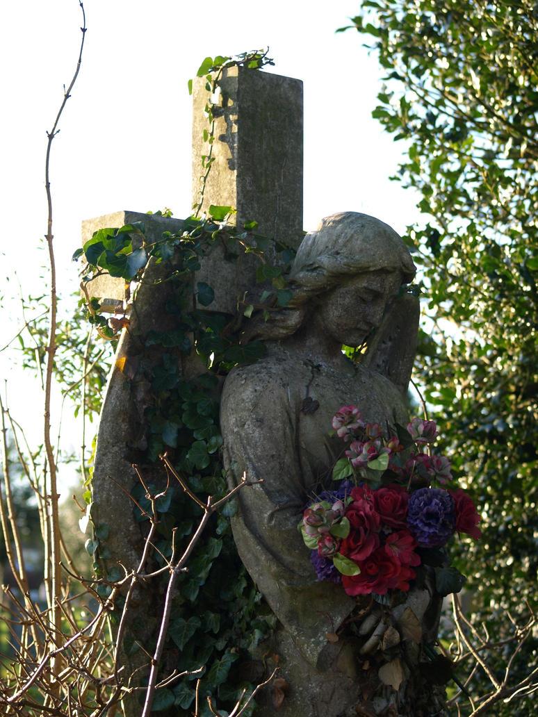 stone angel by nesslauncher1