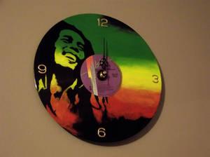COM: Bob Marley Vinyl Record Clock