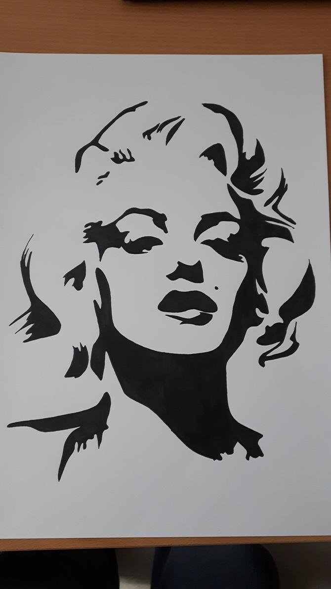 Marilyn Monroe stencil by Ageto