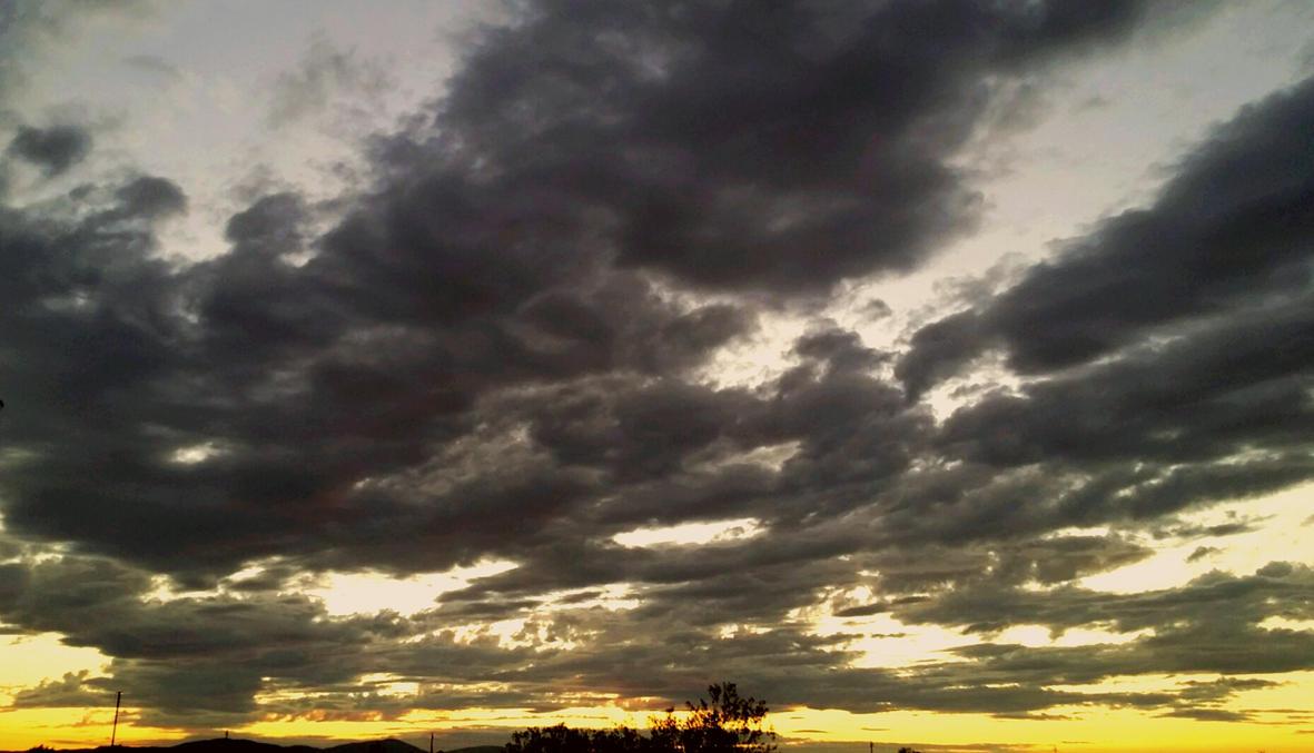 Sun down by Phur-eak