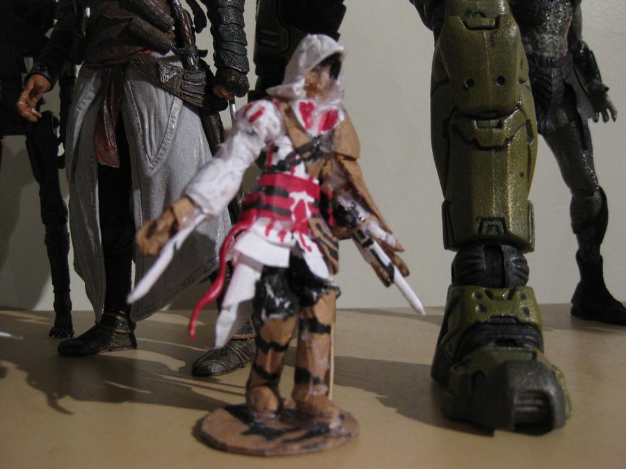 Mini Paper Assassin's Creed II Ezio Figure by tdub123