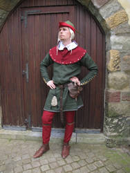 Summer outfit of an early 14th century knight by wyverex
