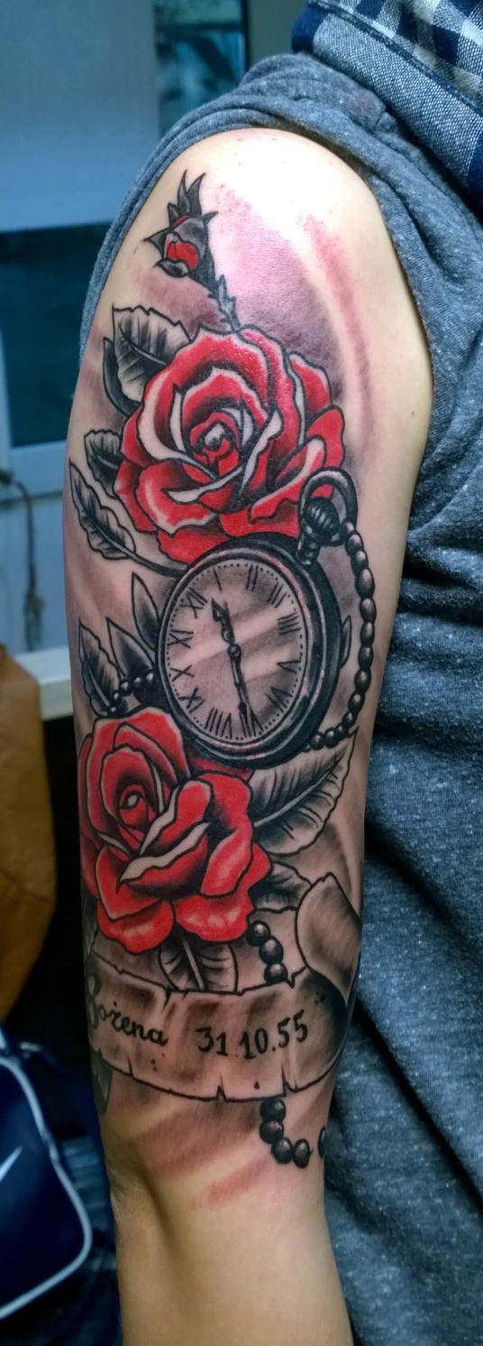 watch and roses by karlinoboy