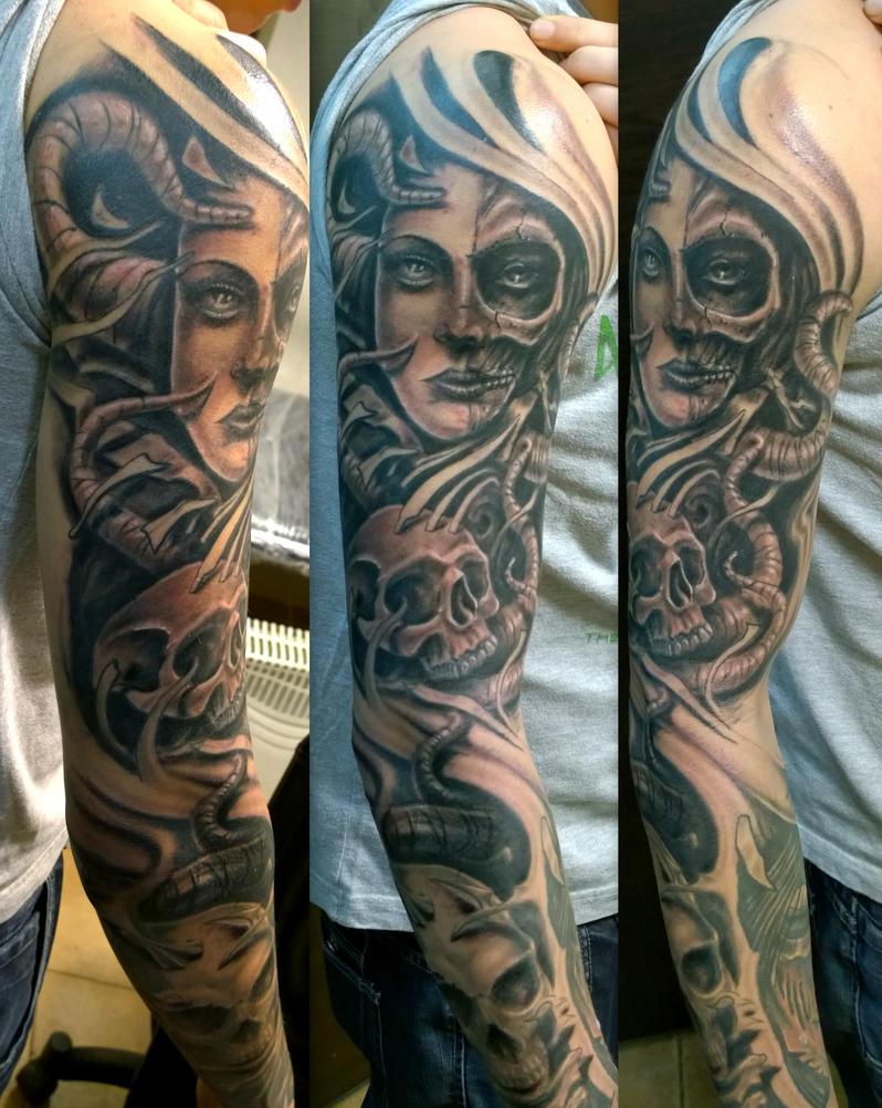 evil sleeve by karlinoboy
