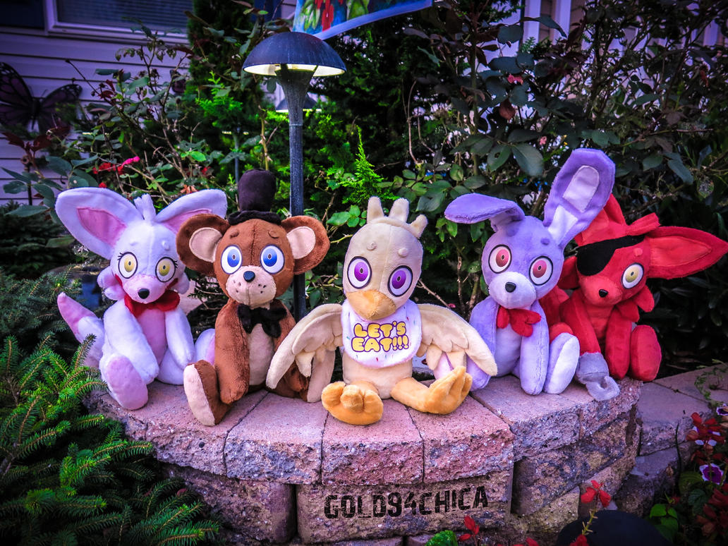 Five Handmade Five Nights at Freddy's Plushies by gold94chica