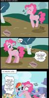 Pinkie Pie Reads Cupcakes