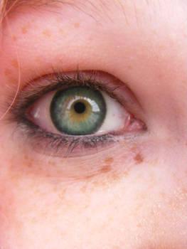 Caitlyn Eye 00