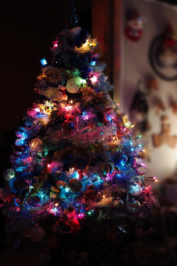My christmas tree by Arayashikinoshaka