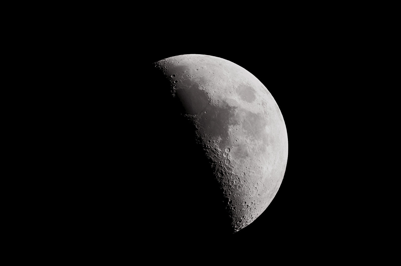 new post processing for moon with bresser messier by Arayashikinoshaka
