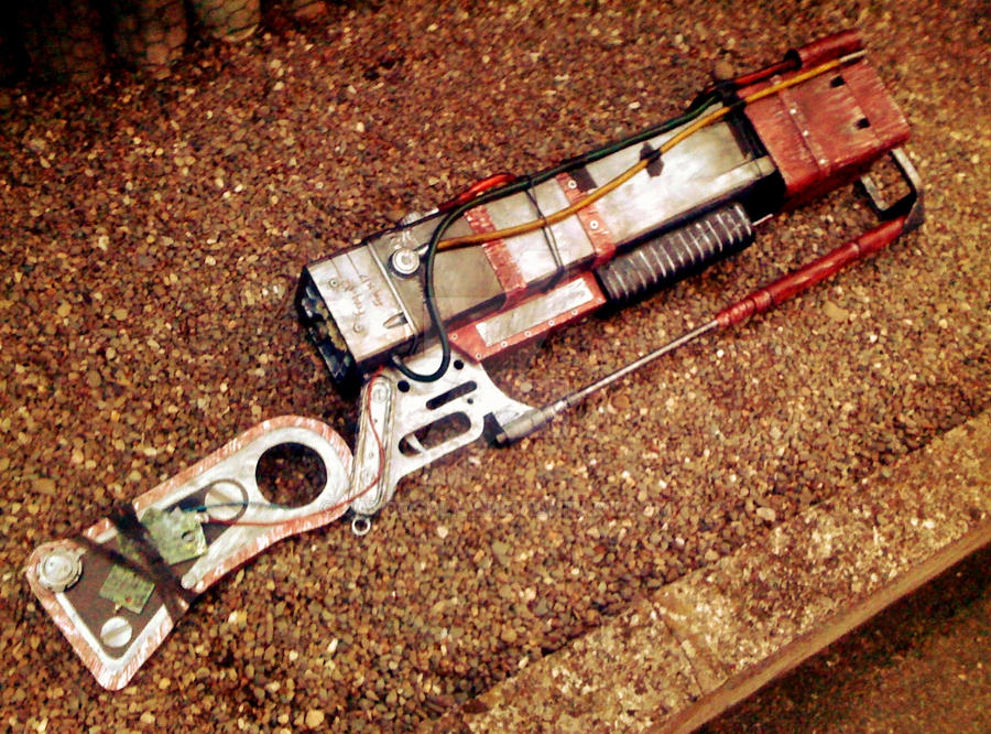 aer14 prototype laser rifle right side by jaycosplay on deviantart