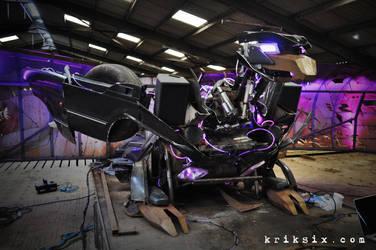 Buzzbeak - Land Rover Transformer by kriksix