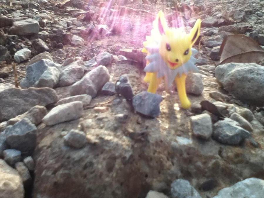 Electric Shine by Pikachunyan