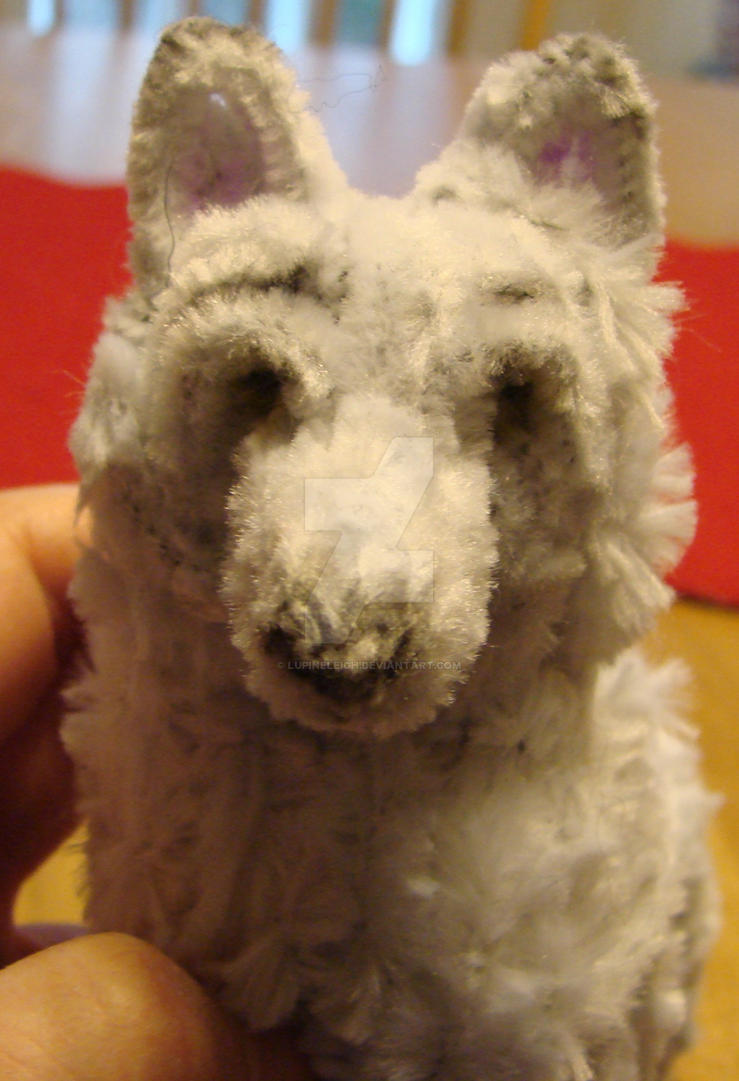 Pipecleaner wolf, close up  by Lupineleigh