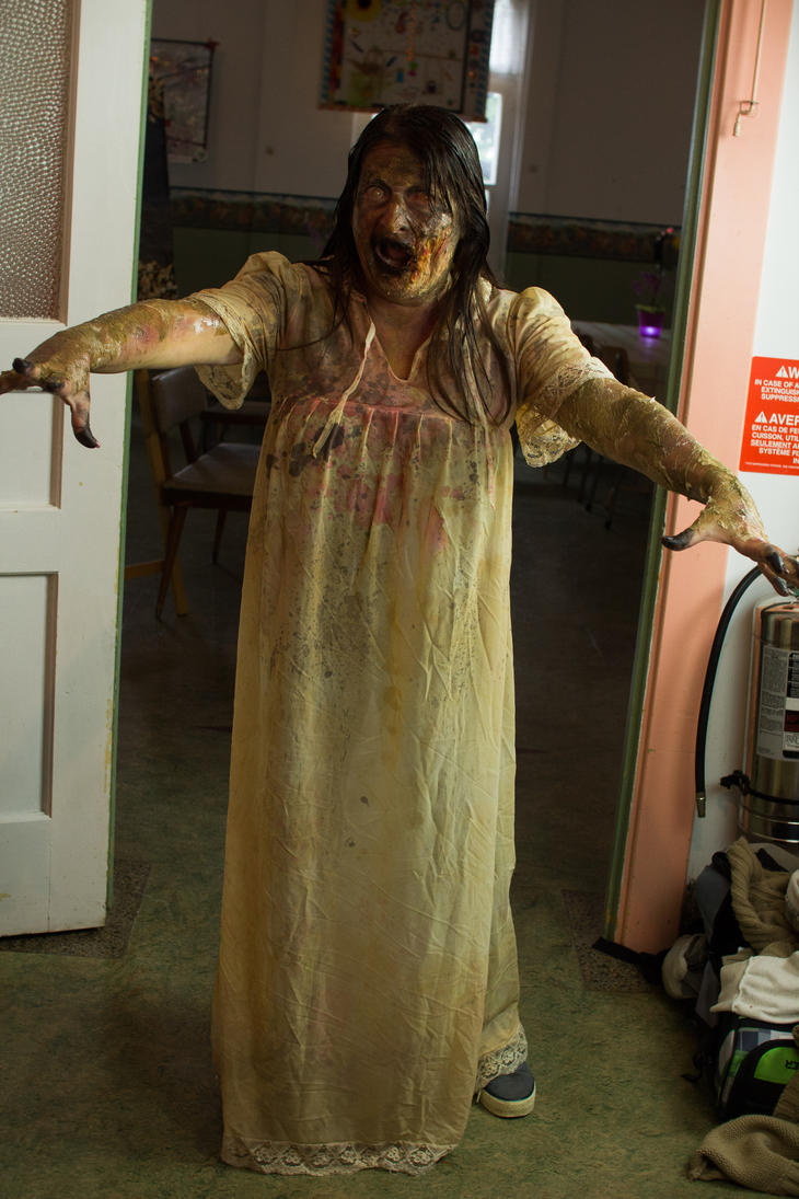 Zombie makeup by maarkb