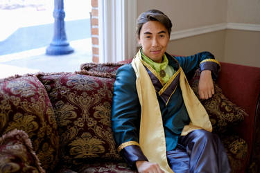 Prince Wu Cosplay! - Lounging in Style