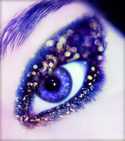 The abyss of your eyes... by riamali