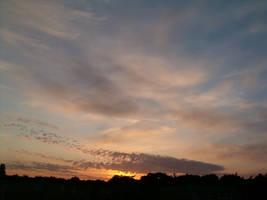 Sunset 05 by parsek76