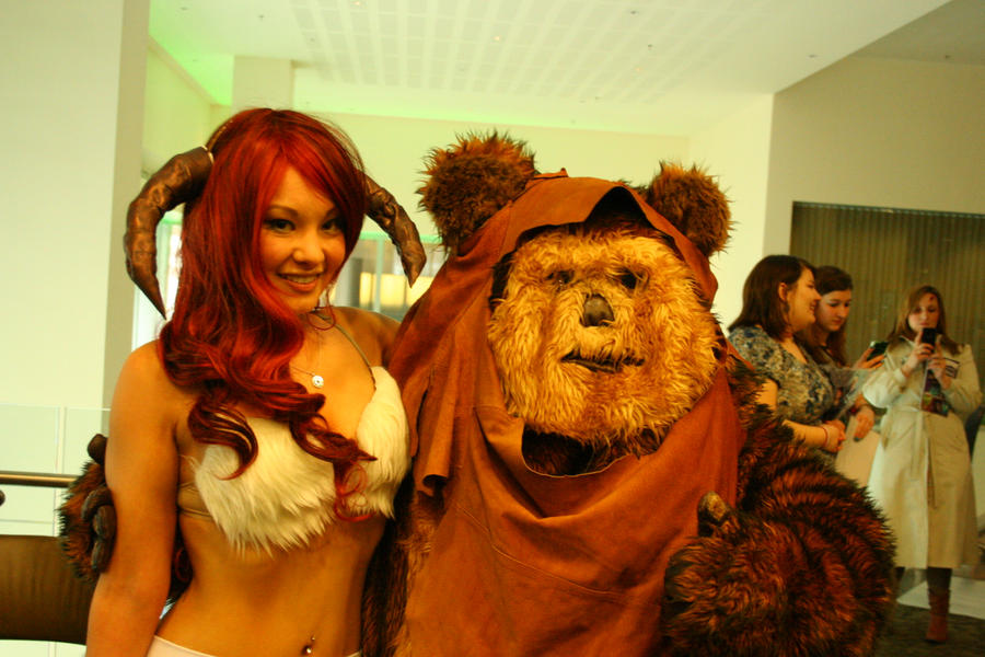 ram girl with ewok 2 eccc 2012 by nwpark on deviantart