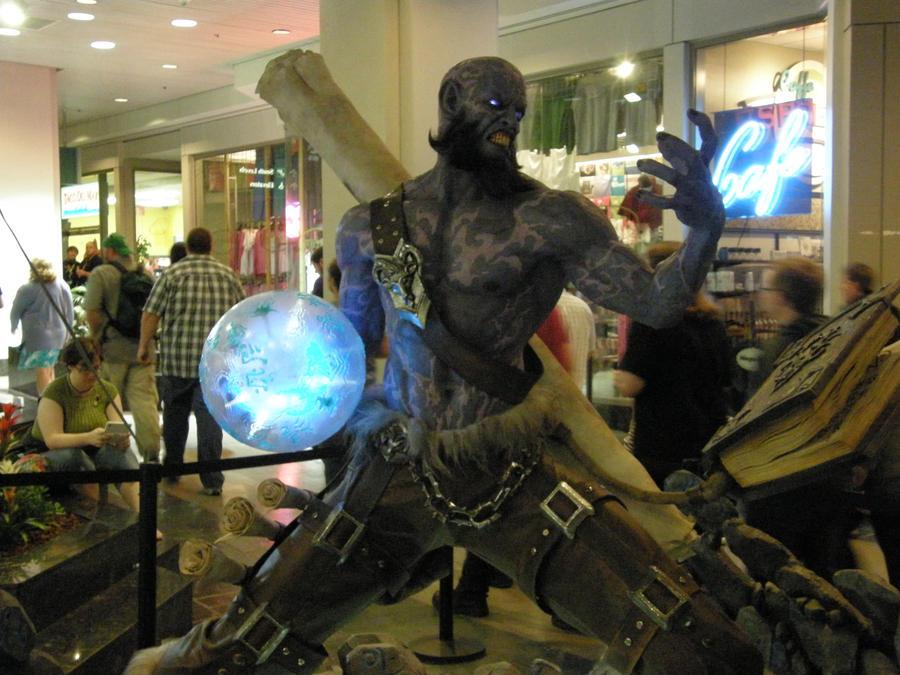League of legends statue