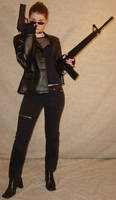 Jodi Sunglasses Guns in Black