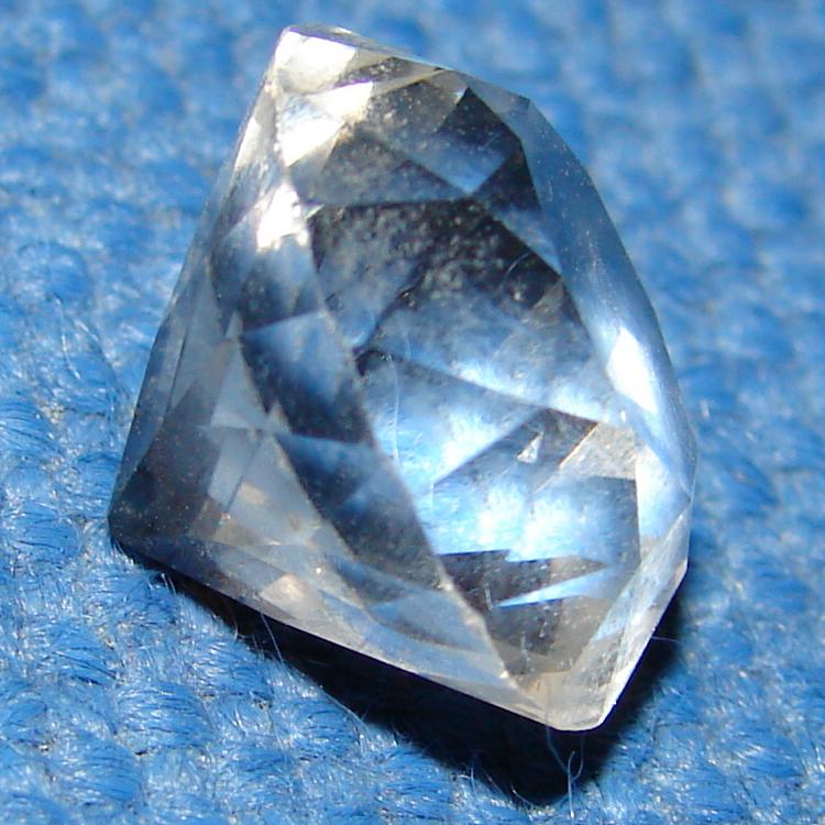 Famous Diamond Cut Crystal Gemstone 3 by FantasyStock on DeviantArt LC67