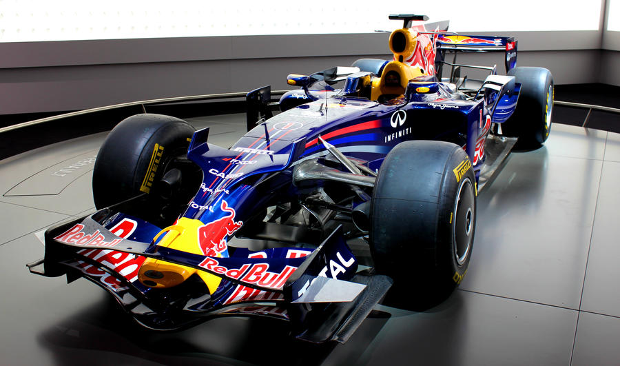 Frankfurt 2011: Red Bull Formula 1 Race Car by randomlurker