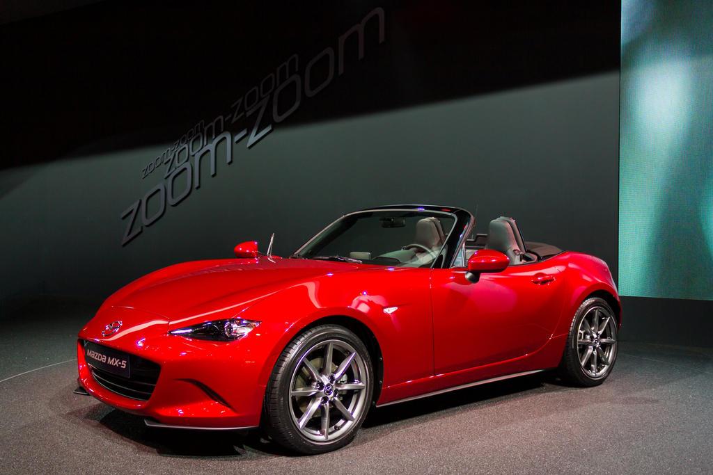 Paris 2014: Mazda MX-5 by randomlurker