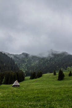 Little house - Tatra Mountains - trail 2